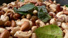 Keffir Lime and Sumac Nuts